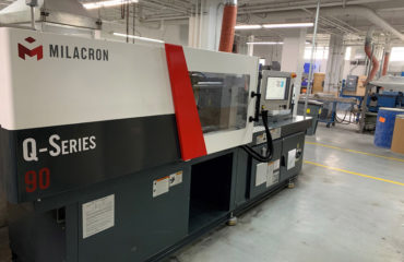 PMC Polymer Milacron Q90 Ton Injection Molding machine